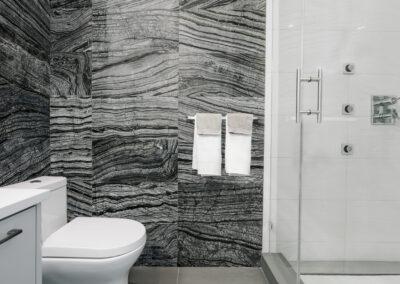 alexandra-interiors-buckingham-heights-contemporary-black-white-bathroom-interior-design-vancouver
