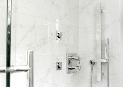 alexandra-interiors-vancouver-top-interior-designbuckingham-heights-guest-bath-shower