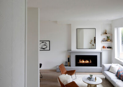 alexandra-interiors-interior-designer-north-vancouver-chester-street-modern-living-room-with-fireplace